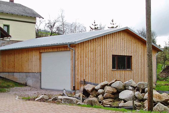 Holzfassade Douglasiedeckelschalung