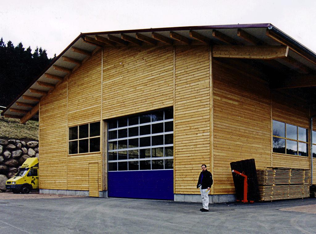 Fassade bei unserer Halle