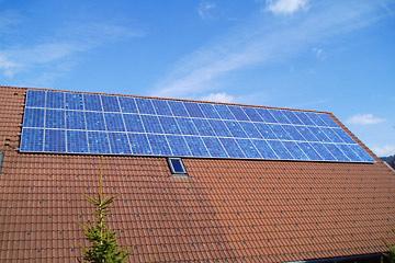 eigene-photovoltaikanlage-komplett-ausgefuhrt